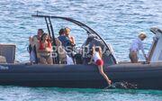 Ελένη Μενεγάκη: Άλλος με την βάρκα μας;