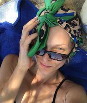 Αναστασία Περράκη: Οι διακοπές στην Ικαρία και η selfie στην παραλία