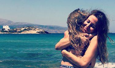 Αγγελική Λάμπρη: Ανέμελες διακοπές με την κόρη της