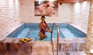 Πωλίνα Τριγωνίδου: Τα «Spa»-ει στη Θεσσαλονίκη και προκαλεί «καύσωνα»
