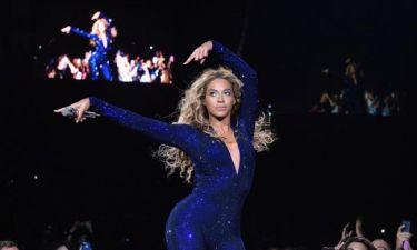 Η Beyoncé on stage με δημιουργία Έλληνα σχεδιαστή