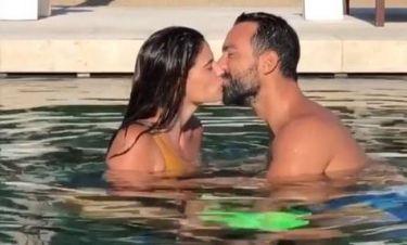 Τανιμανίδης-Μπόμπα: Τα καυτά φιλιά τους μέσα στην πισίνα – Ποιος όμως τους διέκοψε;