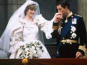 Απίστευτη αποκάλυψη για τον πρίγκιπα Κάρολο- Δεν φαντάζεστε με ποια είχε σχέση πριν την Νταϊάνα