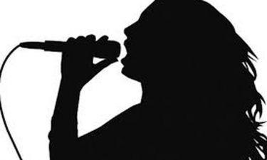 Συγκλονίζει η τραγουδίστρια:«Παλεύω με τον καρκίνο εδώ και δέκα χρόνια.Η Παναγία με βοήθησε να ζήσω»