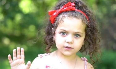 Mία πεντάχρονη τραγουδά Whitney Houston και γίνεται viral!