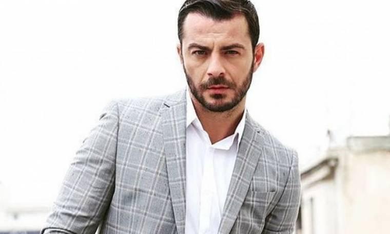 Γιώργος Αγγελόπουλος: «Γράφω ωμά πράγματα στο βιβλίο μου- Σκέφτηκα να τ' αφαιρέσω»
