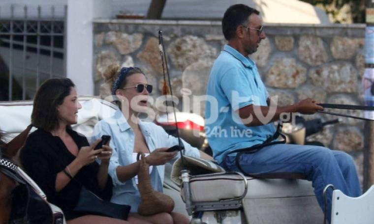 Bar Refaeli: Καροτσέρι καροτσέρι άσε το καμουτσίκι από το χέρι