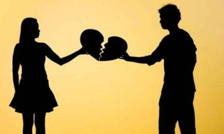 Ξαφνικός χωρισμός για ερωτευμένο ζευγάρι της ελληνικής σοουμπίζ! Η συγκατοίκηση έφερε το τέλος!