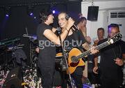 Ο Διονύσης Σχοινάς στη σκηνή με το γιο του