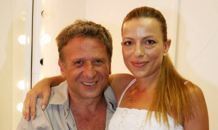 «Κόβει» ανάσες η πρώην γυναίκα του Κόκλα ποζάροντας με μπικίνι