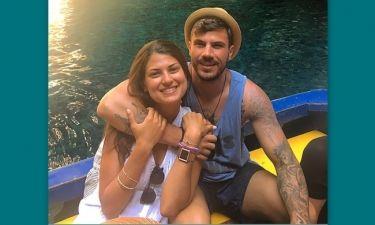 Τρελά ερωτευμένος ο Πετρετζίκης: Νέα φωτογραφία του από την παραλία με τη νέα αγαπημένη του!
