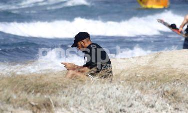 Lewis Hamilton: Συνεχίζει τις διακοπές του στο νησί των ανέμων