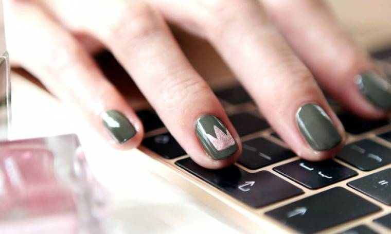 Έχουμε τα πιο όμορφα nail art που γίνονται σε κοντά νύχια