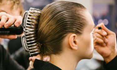 Τα αξεσουάρ μαλλιών που φέτος θα δεις παντού