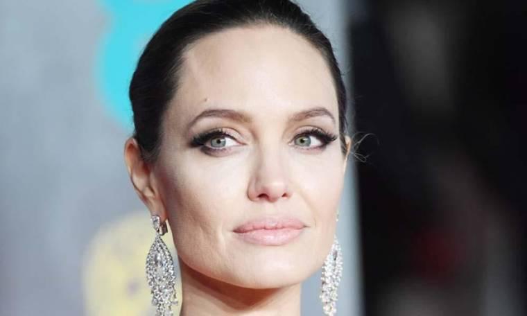 Angelina Jolie: Απέλυσε την δικηγόρο της- Δείτε τον λόγο