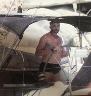 Ο Ζαλμάς, το σκάφος και οι φωτό που τον εκνεύρισαν