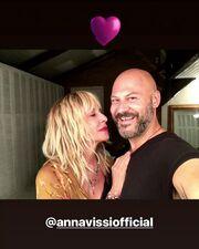 Η Άννα Βίσση απέκτησε νέο λουκ στα μαλλιά της και είναι πιο όμορφη από ποτέ