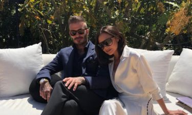 Beckhams: Τα σπάνια τρυφερά τετ-α-τετ του ζευγαριού και το σέξι μπικίνι της Victoria