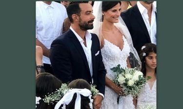 Γάμος Τανιμανίδη – Μπόμπα: Η κίνηση των νεόνυμφων, που συγκινεί