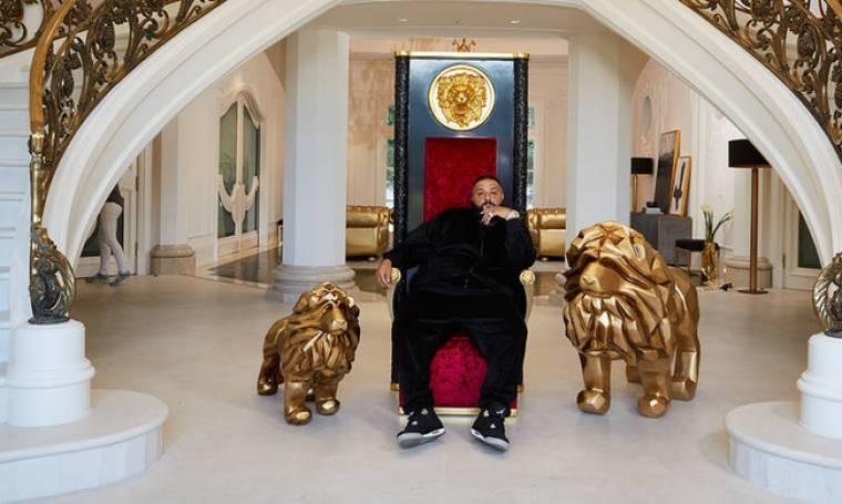 Χρυσά λιοντάρια και το παιχνίδι του θρόνου: τα εξωφρενικά έπιπλα του DJ Khaled