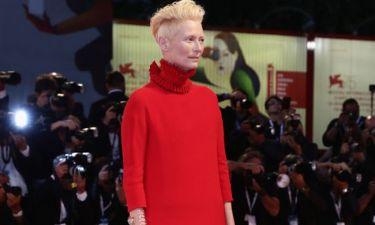 Tilda Swinton: Η εμφάνισή της στο Φεστιβάλ Βενετίας για την ταινία «Suspiria»