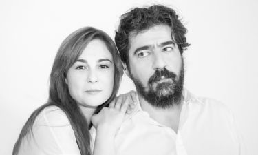 Ο Τάσος Ιορδανίδης σκηνοθετεί τη γυναίκα του, Θάλεια Ματίκα