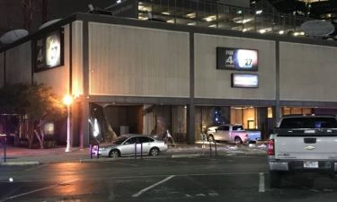 Πανικός στα στούντιο του Fox News-Φορτηγάκι έπεσε στο κτίριο. Κλήθηκαν πυροτεχνουργοί