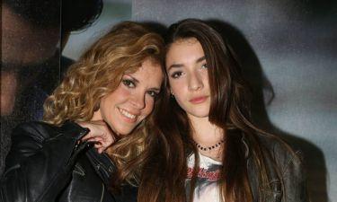 Η πρωταγωνίστρια της «Παρθένας Ζωής» φεύγει στο εξωτερικό –Το μήνυμα της μαμάς της, Μαίρης Μηλιαρέση