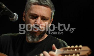 Αλκίνοος Ιωαννίδης: Έδωσε συναυλία στη νοηματική για κωφούς και βαρήκοους