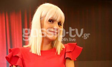 Στο γύρισμα της Σάσας Σταμάτη για το τρέιλερ της εκπομπής της «Oοh la la»