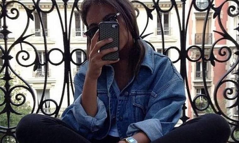 Και τώρα που έβγαλες την τέλεια selfie, τι γράφεις στη λεζάντα;