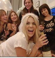 Μαντώ Γαστεράτου: Το bachelorette party έκπληξη που διοργάνωσαν οι κολλητές της!