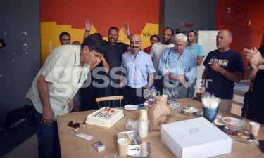 Γιάννης Μπέζος: Η έκπληξη για τα γενέθλιά του κατά την διάρκεια των γυρισμάτων