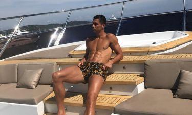 Τα… μπαλάκια του Ronaldo. Η πόζα που θα συζητηθεί