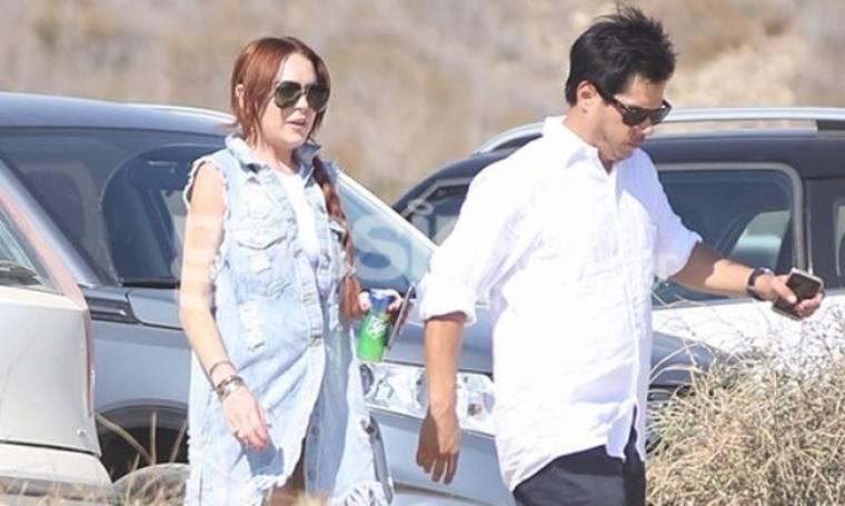 Lindsay Lohan: Δεν λέει να φύγει από τη Μύκονο
