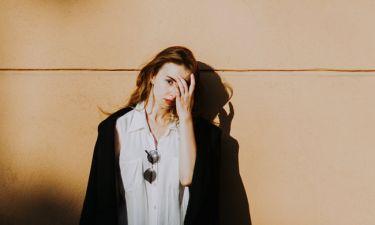 4 πράγματα που μπορείς να κάνεις όταν είσαι πολύ… down ψυχολογικά