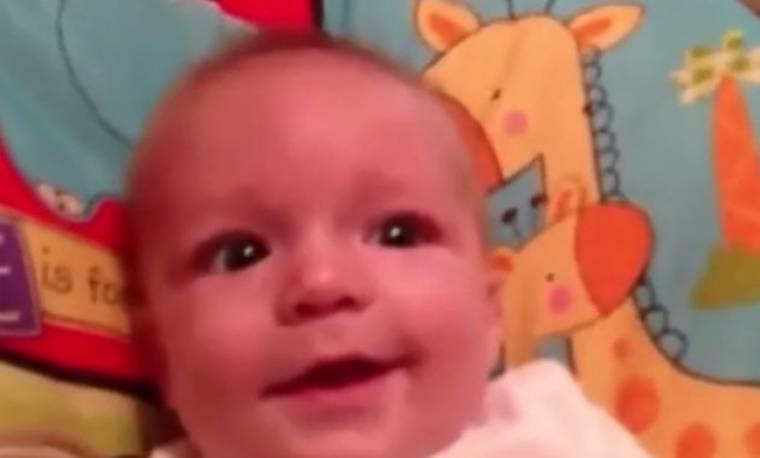 Οι απίστευτες «φάτσες» του μωρού όταν… τρομάζει!