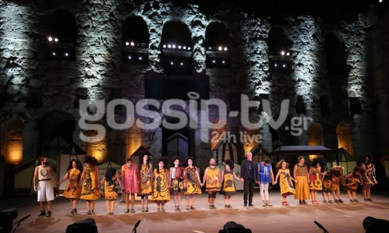 «Θεσμοφοριάζουσες»: Ανέβηκαν στο Ηρώδειο και κέρδισαν το χειροκρότημα του κοινού