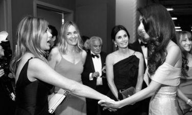 H Αmal Clooney βάλθηκε να ψάξει τον ιδανικό σύντροφο για την φίλη της πλέον Jennifer Aniston