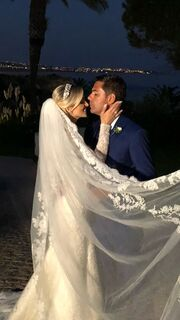 Αλβάρο Ντε Μιράντα Νέτο: Ξέσπασε σε κλάματα όταν έφτασε στην εκκλησία η Ντενίζ νύφη (φωτο)