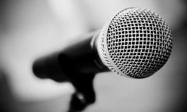 Πέθανε γνωστός τραγουδιστής νικημένος από τον καρκίνο