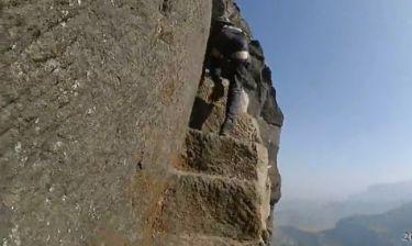Η πιο extreme ορειβασία που έχεις δει