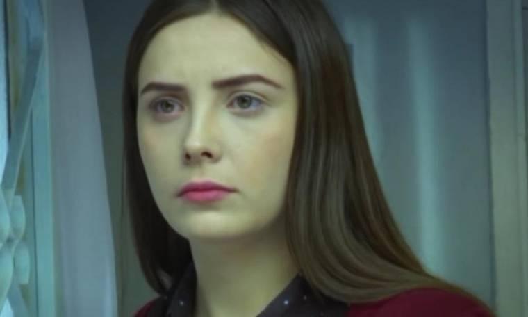 Elif: Η Ζεϊνέπ κόβει το χέρι της στην προσπάθειά της να ανοίξει την πόρτα με ένα μαχαίρι