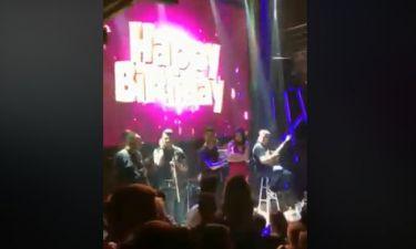 Η συγκίνηση της τραγουδίστριας on stage για τα γενέθλιά της