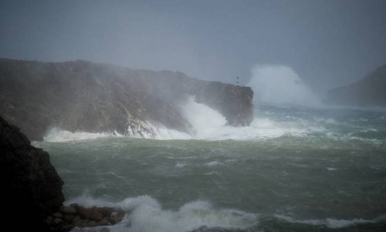 LIVE - Μεσογειακός κυκλώνας «Ζορμπάς»: Συναγερμός στην Ελλάδα - Θα πληγούν τα 3/4 της χώρας