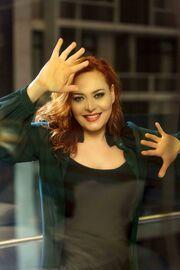 Ελληνίδα τραγουδίστρια περιγράφει το σοκ που έζησε όταν δέχτηκε σεξουαλική παρενόχληση