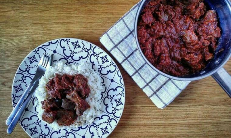 Συκώτι κοκκινιστό με ρύζι