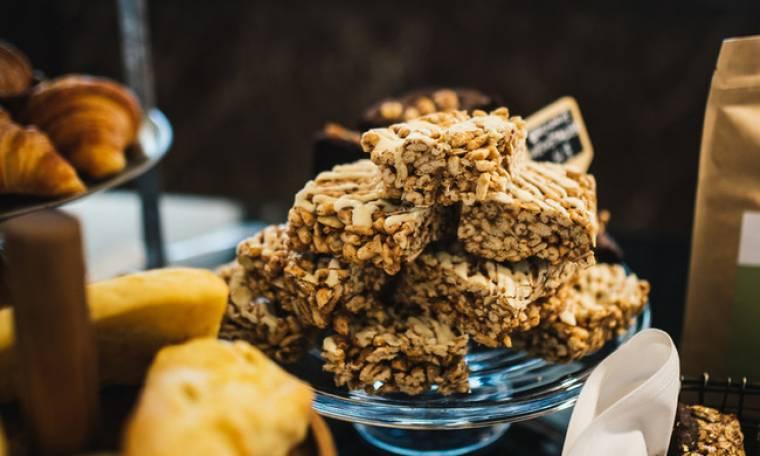 Τα πιο υγιεινά και νόστιμα σνακ για τη βόλτα ή το σχολείο