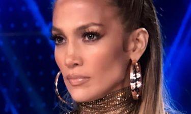 AMAs: Αυτή είναι ίσως η πιο κακόγουστη εμφάνιση της Jennifer Lopez