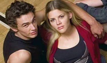 Η Μπίζι Φίλιπς κατηγορεί τον Τζέιμς Φράνκο ότι της επιτέθηκε στα γυρίσματα του «Freaks & Geeks»